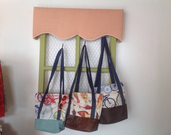 Tote, Leather bottom