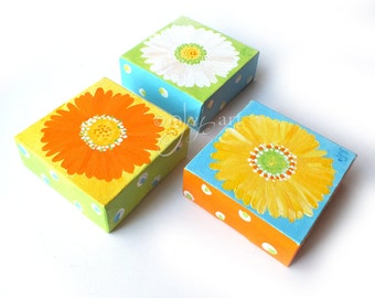 3 little daisy paintings, set of 4x4 inch acrylic paintings for home or office