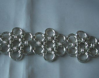 Helm flower silver plated chainmaille bracelet