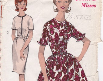 FF 1960s Advance 2969 Junior Flared Skirt Dress and Slim Dress With or Without Ruffles Vintage Sewing Pattern, Size 11, Bust 31 1/2, UNCUT