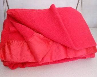 Vintage FARIBO Fluff Loomed Blanket Bright Rose