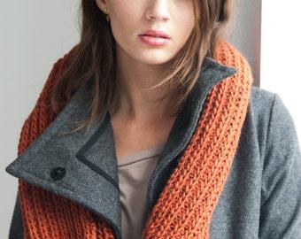 Infinity Scarf / Chunky Knit Scarf / Wool Scarf / Loop Scarf / Stocking Stuffer / Winter Scarf / Marcellamoda k - MA0401