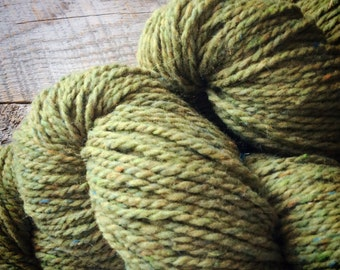 Wool knitting yarn - Peace Fleece worsted weight - for knitting - olive green knitting wool - Phoebe - wool knitting yarn