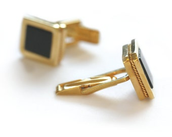 Men's Cuff links, engraved cufflinks with initials in gold plated and onyx law school graduation gift men, Custom unisex business cufflinks