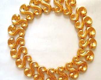 Gold Necklace // Rococo // 80s Necklace // Gold Metal Necklace // Gold Link Necklace // Chunky Necklace
