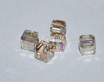 15 pcs 4mm Faceted Transparent Champagne AB with Pink Hues Glass Cube Beads