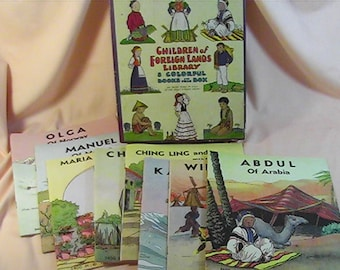 Children of Foreign Lands Library, 8 Books in Original Box, Made in USA, Platt and Munk Co, Inc.