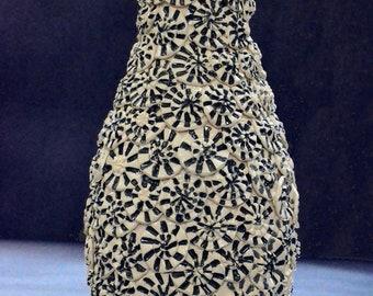 handmade black and white vase pottery ceramic