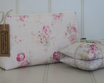 Make up bag in Peony & Sage Roses and Sweet Peas.