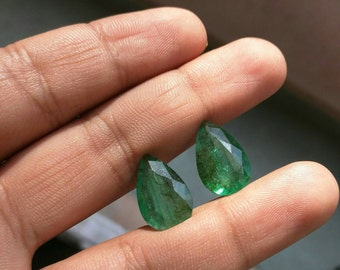 Emerald pear shape pairs of 12.82 cts