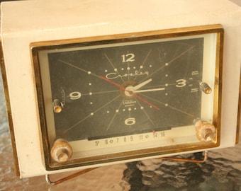 1950s Mid Century Modern, Crosley, AM Tube Clock Radio, Set Design, Home Decor, Bedroom, Alarm Clock