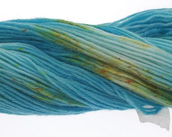 Australis 4-ply,  Hand Dyed Yarn, 4 ply, Yarn, Hand dyed, Superwash Merino ELEMENTS