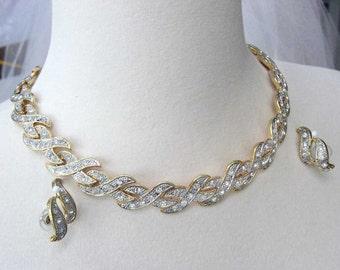 Vintage Pave Rhinestone Necklace Gold Tone 1980s