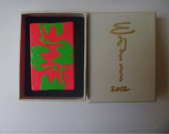 Brooch Fluorescent Painting