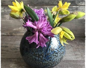 Height 13 cm ceramic stoneware ceramic planter or Vase stand