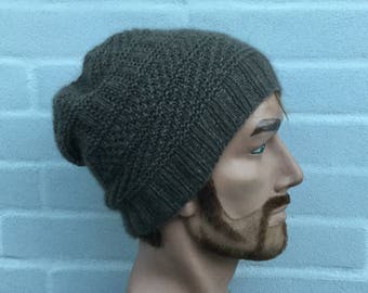 Hand knitted beanie knitted with pure QIVIUT