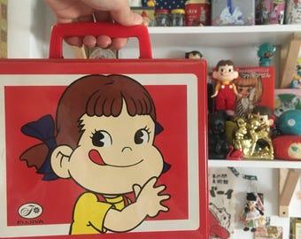Cute vintage pekochan plastic bag (box) in Japan