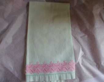Vintage Light Green Towel With Pink Embroidery On Bottom 1960s to 1970s Guest Bathroom