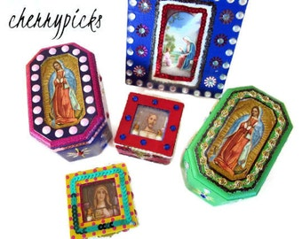 Mexican Nicho Box, Wood Nicho, Jesus Picture, Mexican Folk Art, Catholic Kitsch, Mexican Altar, Ofrenda Decor, Catholic Box, Rosary Box