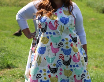 Plus Size No Ties Apron in Chickens