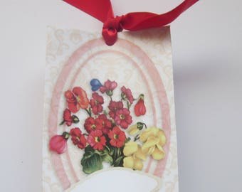 Lovely gift bag to add to any card