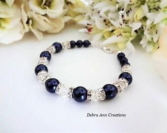 Navy Blue Pearl Bracelet Swarovski Bracelet Bridal Jewelry Navy Blue Bridesmaid Bracelet Navy Wedding Jewelry for Mother of Bride Groom Gift