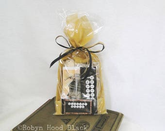 WRITERS WRULE Gift Pack