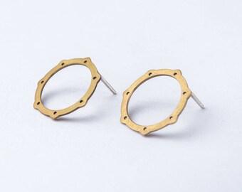 Bronze minimal earrings - geometric earrings -  open circle stud earrings - star earrings !
