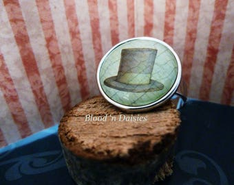 Top Hat Ring