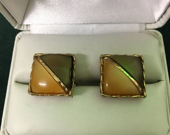 Brown stone cuff links
