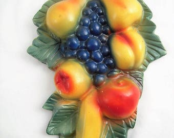 Large Vintage Chalkware Fruit Cluster Plaster Hand Painted Kitchen Wall Hang Up Chalk Ware