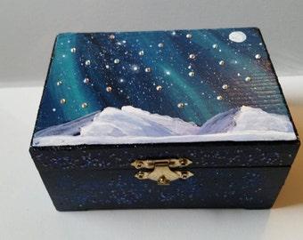 Northern Lights Jewelry Box - Aurora Jewelry Box - Northern Lights Box - Northern Lights Keepsake Box - Aurora Trinket Box - Aurora Art