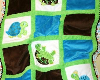 Topsy-Turvy Turtles Cuddly Minky Blanket