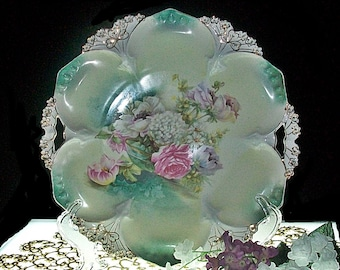 R S Prussia Handled Cake Plate ~ Point & Clover Mold #82