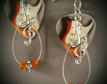 "Guitar pick and guitar string earrings ""Stratocaster Strings"""
