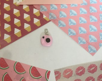 Charm's appateil photo pink
