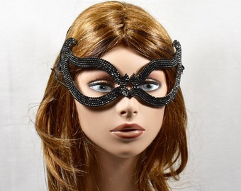 Black Rhinestone Metal Masquerade Mask, wedding mask, Mardi Gras Mask, Masquerade Mask, Jeweled Bridal Mask, Queen Mask,new year party mask