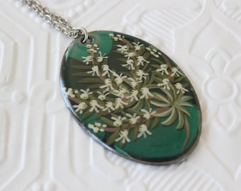Vintage Hand Painted Scottish Heather Enamel Pandant Necklace with Silver Tone Chain Made in Scotland