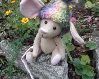 Mouse - Melody, mouse with rainbow hat, winter mouse