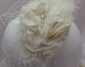 Steampunk Wedding Headpiece, Ivory Floral headpiece,Silk Flower Wedding Headpiece, Vintage Silk Flower Headpiece,Shabby Chic Bridal