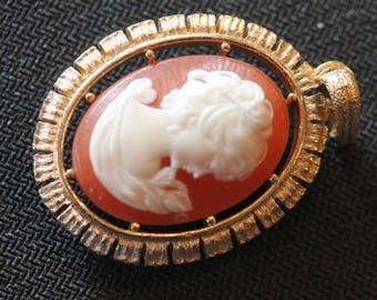 """Vintage 2 sided gold tone faux Victorian lady cameo dangle pendant 2"""""""
