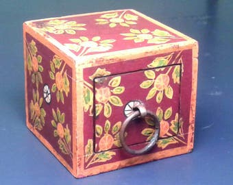 Vintage Wooden Cube Box With Drawer 1960s 1970 Boho Hand Painted Wood Ring Holder Presentation Little Small Miniature Burgundy Orange Flower