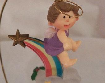"""Hallmark """"Rainbow Angel"""" Vintage 1983 ornament - QX4167"""