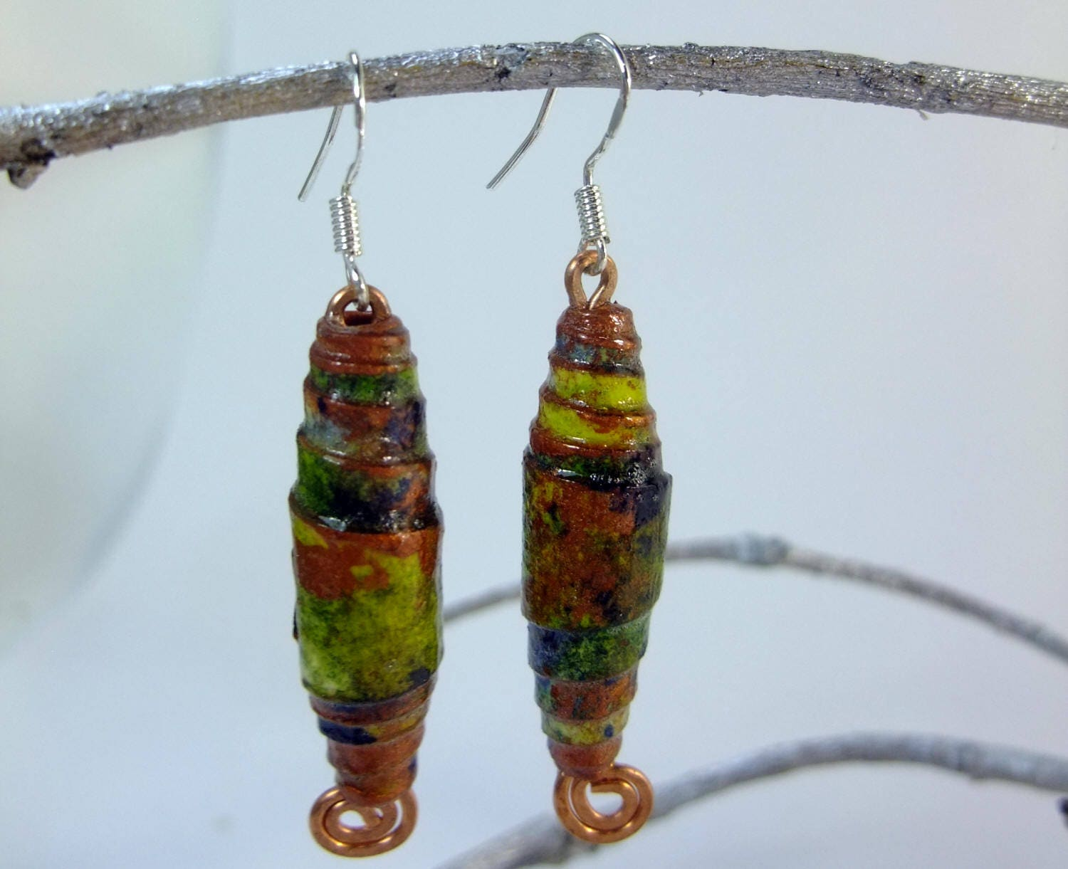 Handmade paper bead earrings, hand painted paper, varnished for ...