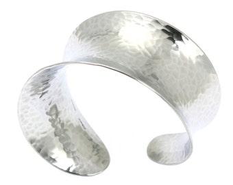 10 Year Anniversary Gift Hammered Anticlastic Aluminum Bangle 10th Anniversary Gift For Her Ten Year Anniversary Gift Aluminum Anniversary