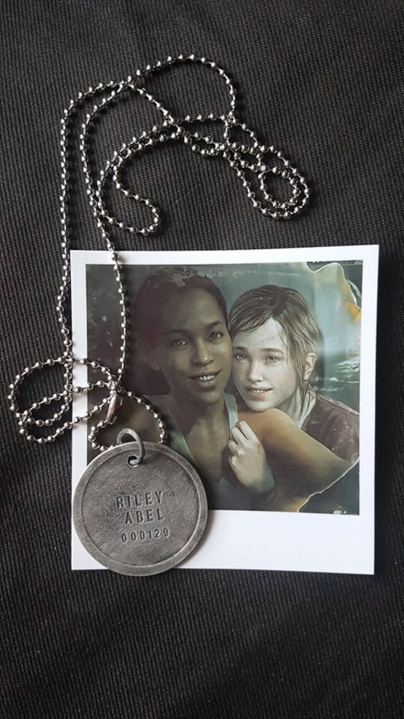 The last of us left behind abel rileys firefly dogtag zoom aloadofball Image collections