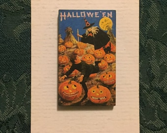Vintage Style With and Pumpkins Halloween Needleminder