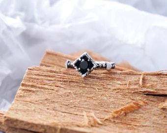 "Onyx Ring| Black Ring| Sterling Silver Ring ""BlackStar""| Gemstone Ring| Black Onyx Ring| Unique Ring| Black Stone Ring| Dainty Ring"