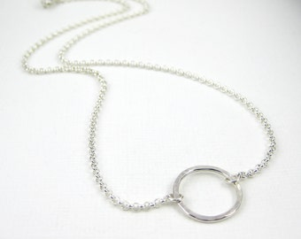 Sterling Silver Circle Necklace on Rolo Chain, Karma Necklace, Hammered Sterling Silver Necklace, Open Circle Pendant, Modern Eternity