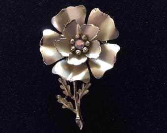 CORO Gorgeous Large Gold Tone Flower Brooch, Signed
